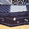写真: 絞り染 (上) 杢目市松絞り・・(下)巻縫い絞り