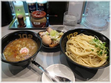 つけ麺102@埼玉大宮_特製つけ麺大盛_000