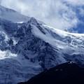 写真: 雪原の稜線