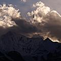写真: 夕照の梅里連山
