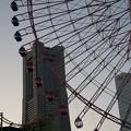 Photos: コスモワールドの夕暮れ