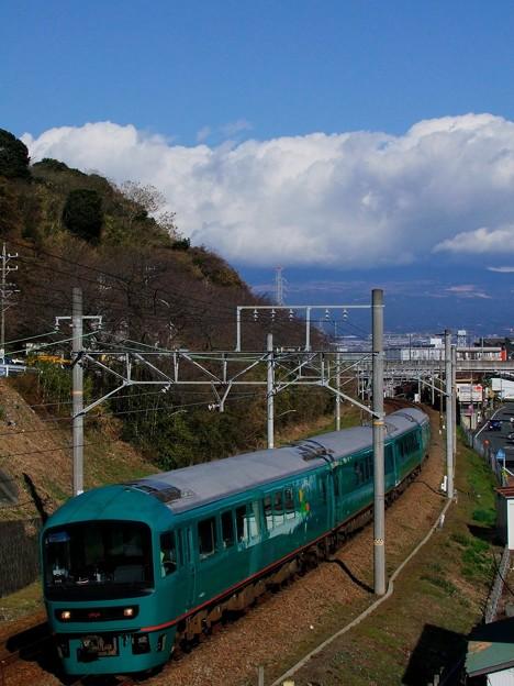 やまなみ と富士山は雲の中