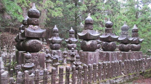 高野山金剛峯寺 奥の院(高野町)山口毛利家墓所