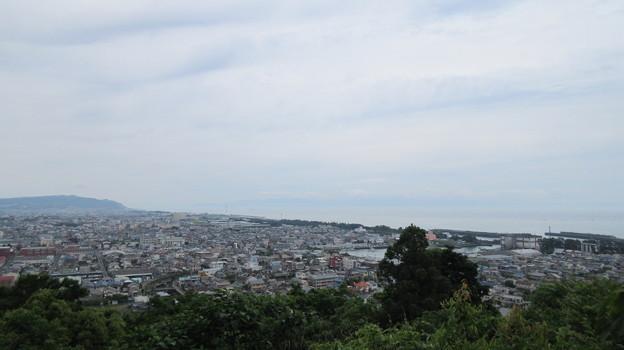 写真: 持船城(駿河区)東