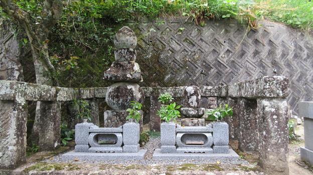 長慶寺(藤枝市)今川泰範・太原雪斎墓