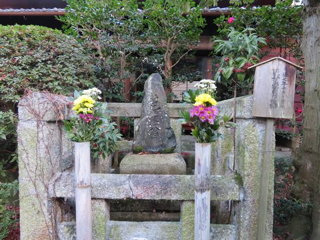 義仲寺(大津市)芭蕉翁墓