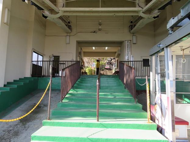 八幡山城(近江八幡市)三の丸/ロープウェー乗り場