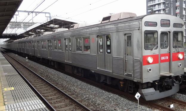 東武線を走る東急電鉄8500系