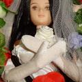 ウェディングドレス(ローズ リエール)を着た棺の中のREINA(アップ)