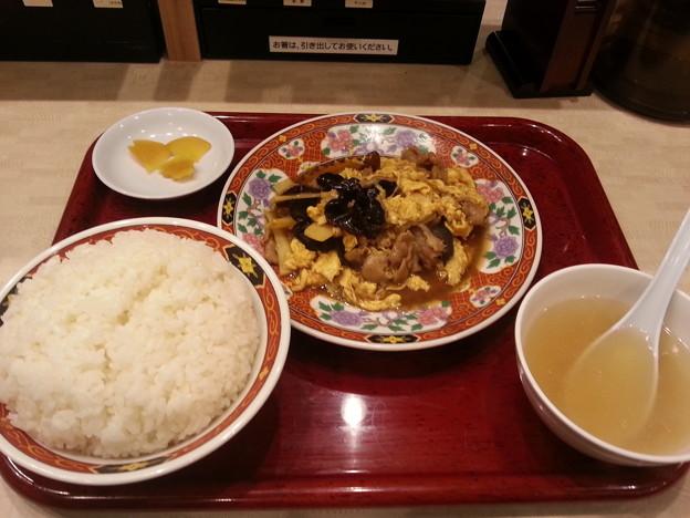 中華食堂一番館 豚肉とキクラゲの玉子炒め定食  ご飯大盛り無料(*^^*)