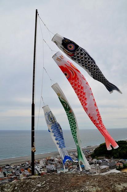 七里御浜の鯉のぼり