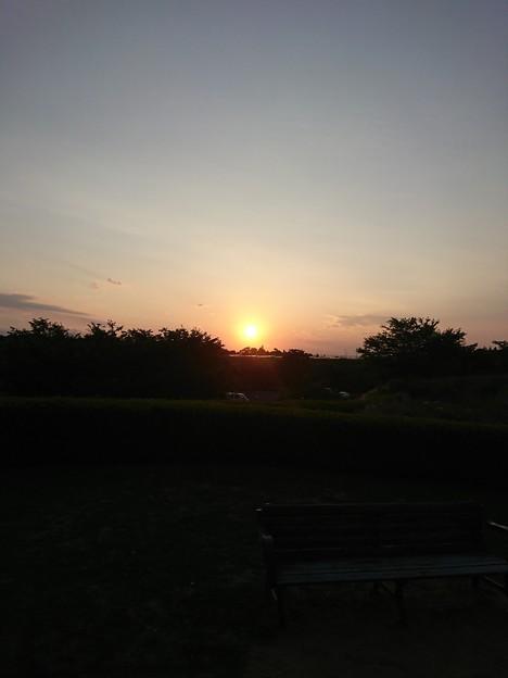 成田の日没