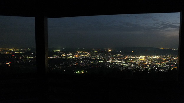 額縁効果 神奈川県秦野市 ヤビツ峠夜景