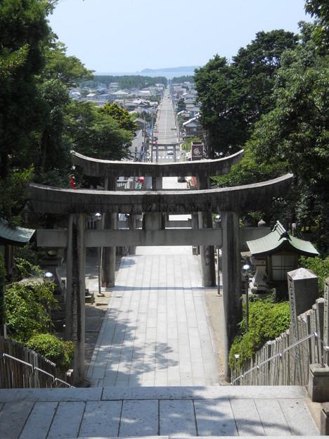 福岡県福津市 宮地獄神社 光の道