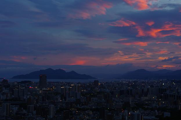 写真: 台風前夜