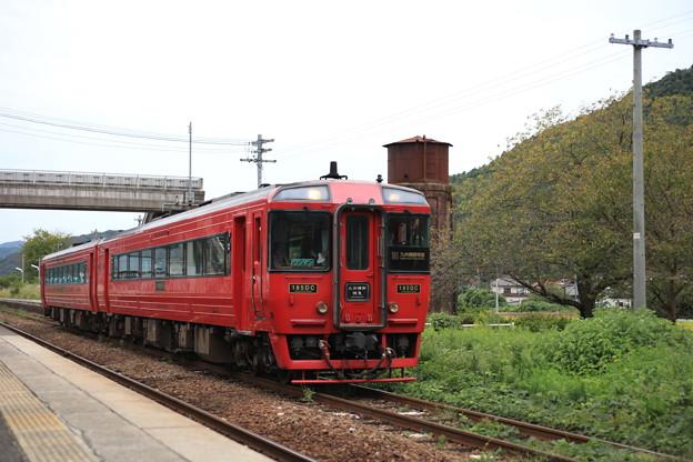 鉄道遺産級と特急列車