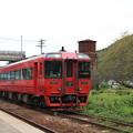 Photos: 鉄道遺産級と特急列車