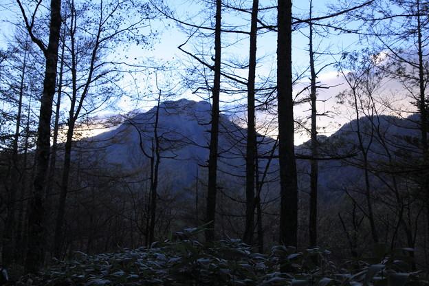 夕暮れの焼岳