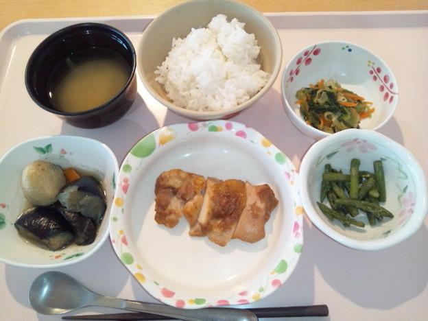 6月22日夕食(鶏肉の梅照り焼き) #病院食