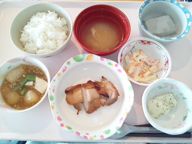8月23日昼食(鶏肉のガーリック焼き) #病院食