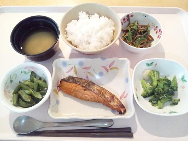 8月23日夕食(鮭の漬け焼き) #病院食