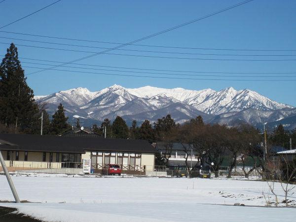 谷川岳ズームで