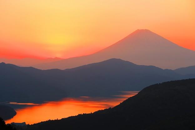 写真: 大観山からの夕景