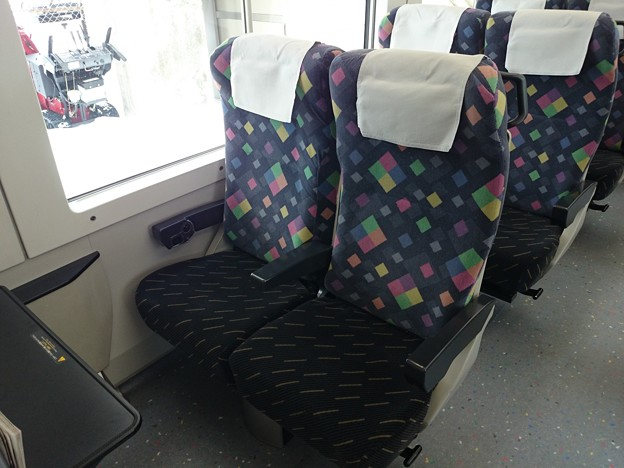 E257系 普通車 座席
