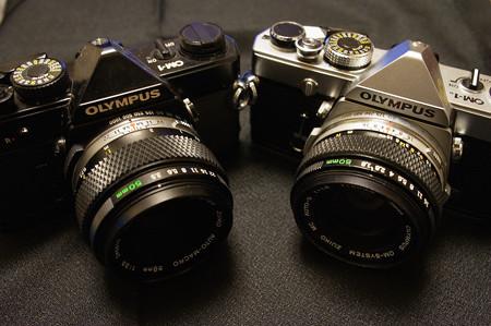 ZUIKO 50mm f3.5マクロとf1.8