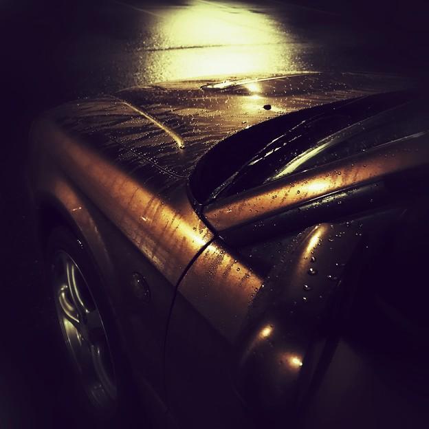 写真: 夜雨