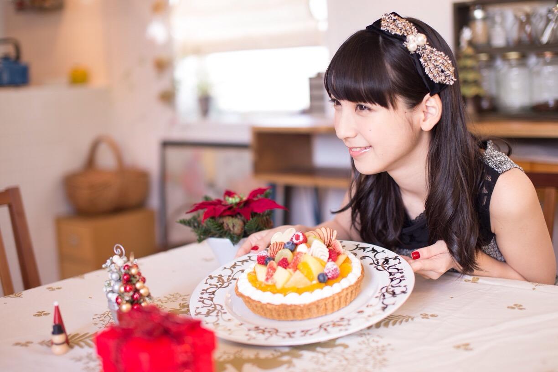 ケーキと松岡菜摘