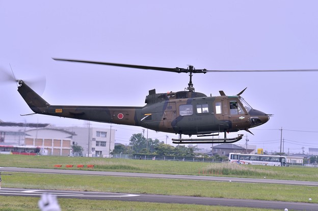 木更津へ帰投へ UH-1Jヒューイ・・