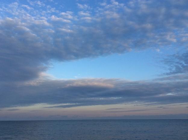 12月7日 宮崎海岸から夕焼けの海と空を。。(2)