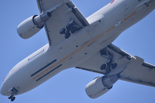 静浜基地航空祭。。小牧へ帰投するKC-767 20170521