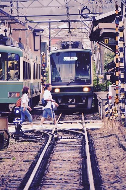撮って出し。。江ノ電のよくある風景。。長谷駅 6月25日