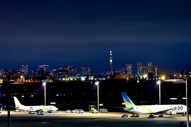 静寂な羽田空港夜景。。(^^)20170527