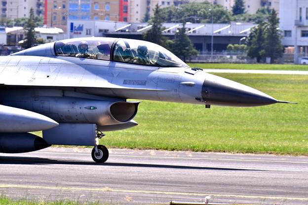 韓国空軍の人と目が会う。。横田基地 20170603