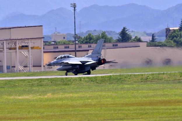 最後一機 韓国空軍戦闘機KF-16 アラスカへ上がる 20170603