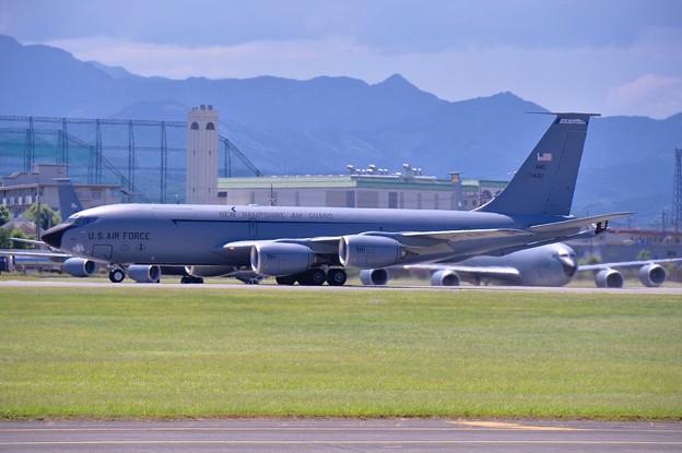 横田基地。。韓国空軍戦闘機支援機珍しいニューハンプシャーのKC-135 20170603