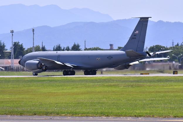 横田基地。。マックコネルのKC-135ストラトタンカー韓国空軍支援へ 20170603