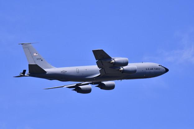 ある日の横田基地。。この日これで撤収 KC-135ストラトタンカー上がり 無印 20170605