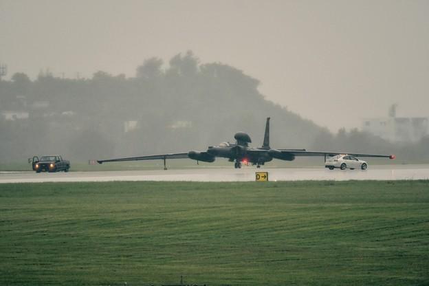 Photos: 夕方激しく降る雨の中 帰投した2機目のU-2コブ付き 20170619