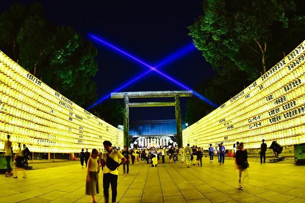 綺麗なレーザービーム(^^)靖国神社 20170715
