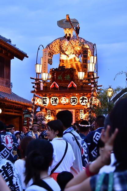 日も暮れライトアップされた山車。。佐原の大祭夏祭り夜 20170716