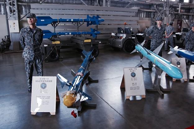 戦闘機F-2に搭載される武器 ミサイル群? 20170910
