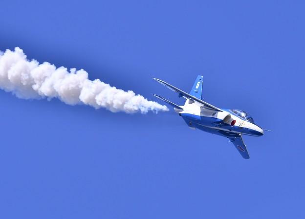 リーダーソロ5番機急降下。。三沢基地航空祭