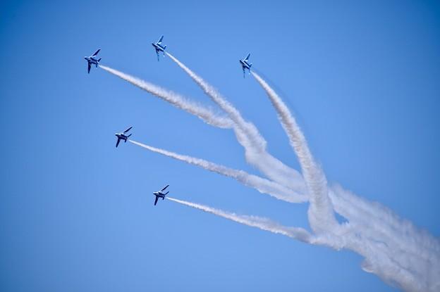 三沢基地航空祭。。ブルーインパルス チェンジオーバーターンへ。。