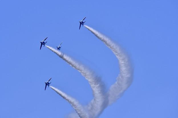 写真: 三沢基地航空祭、。レターエイトからダイヤモンド隊形へ