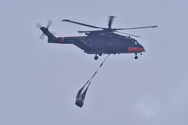 祝日だったこの日海上自衛隊南極用ヘリコプター 20171009