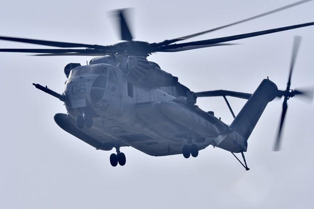 写真: ちょっと話題米海兵隊ヘリコプターCH-53 20171009